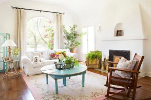 Modern shabby chic living room (design and deco ideas)