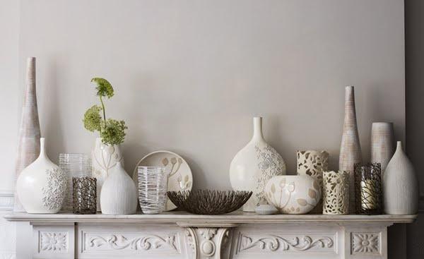 Interior decoration with vases