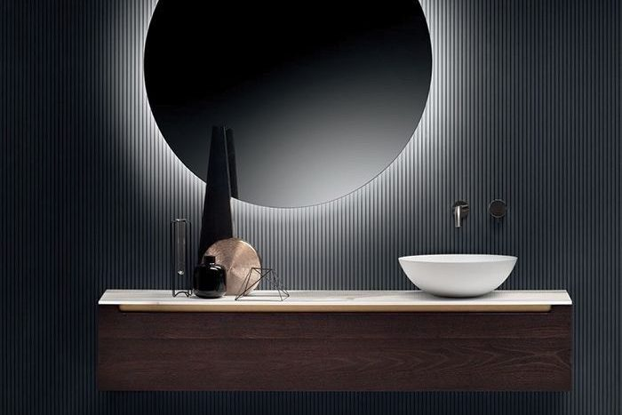Mirrors in the bathroom: decor, types, shapes,  backlights