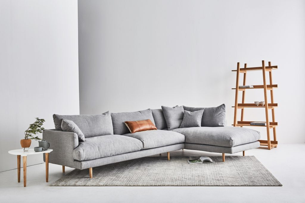 Scandinavian sofa: style, design, and DIY