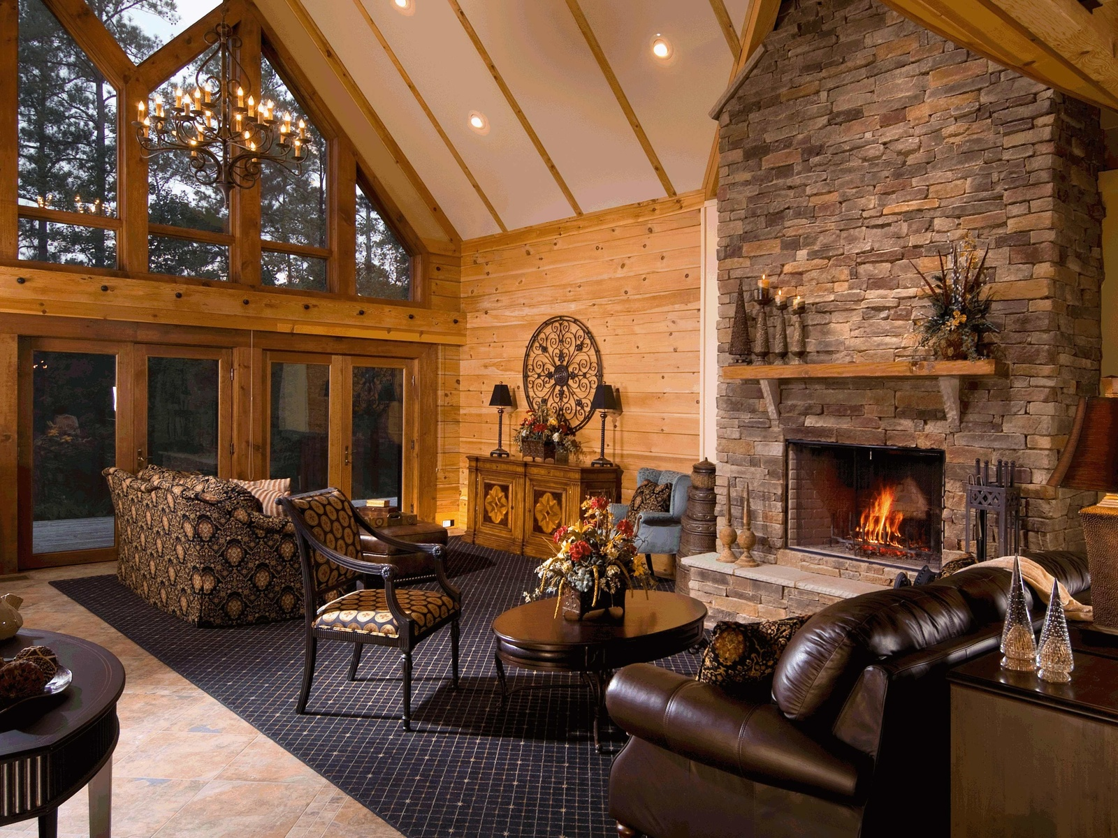 Modern farmhouse fireplace: architect's advice and design ideas