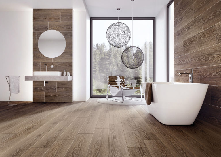 Wood-look porcelain stoneware: comfort and elegance