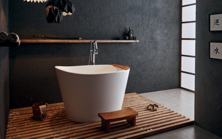 Japanese soaking tubs: the key for a comfortable bathing