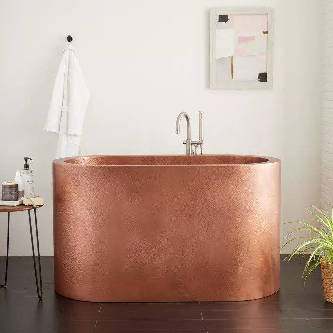 Baignoire japonaise: la clé pour un bain confortable