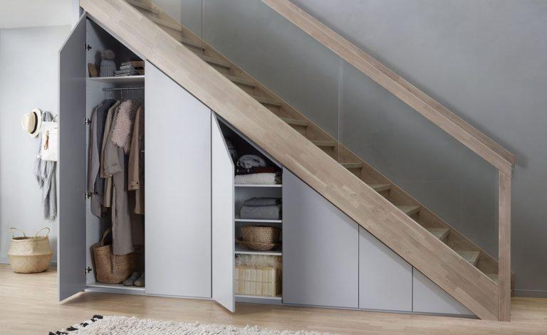 Rangement sous l'escalier: les meilleures idées pour gagner de l'espace