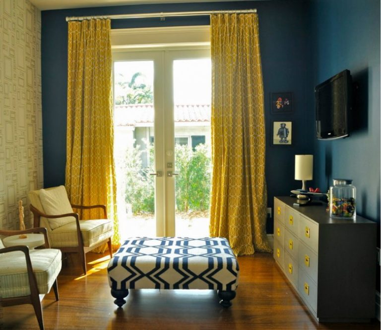 Yellow Curtains Types Patterns Color, What Color Goes With Yellow Curtains
