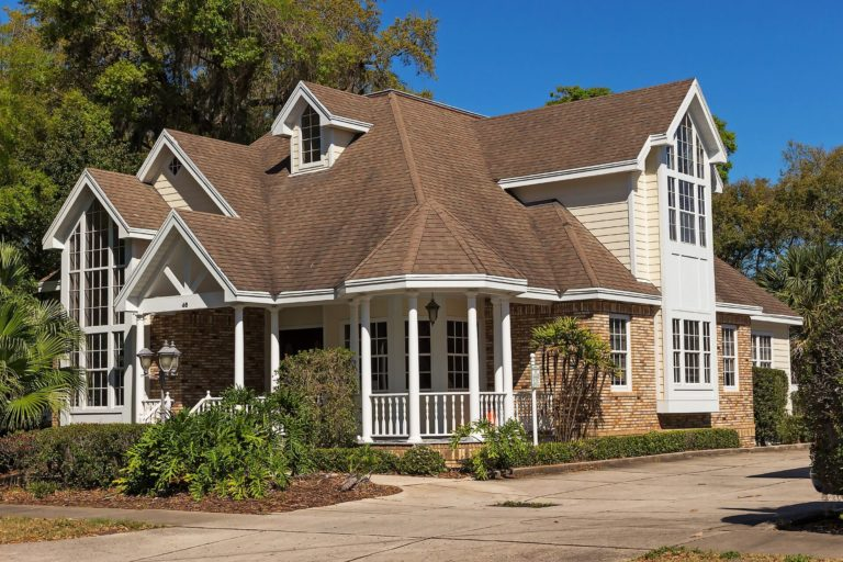 Homeowner's essential guide: How to identify (and fix) roof damages