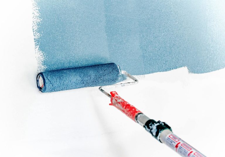 Consider the following tips when looking for a painting contractor, and you'll never regret