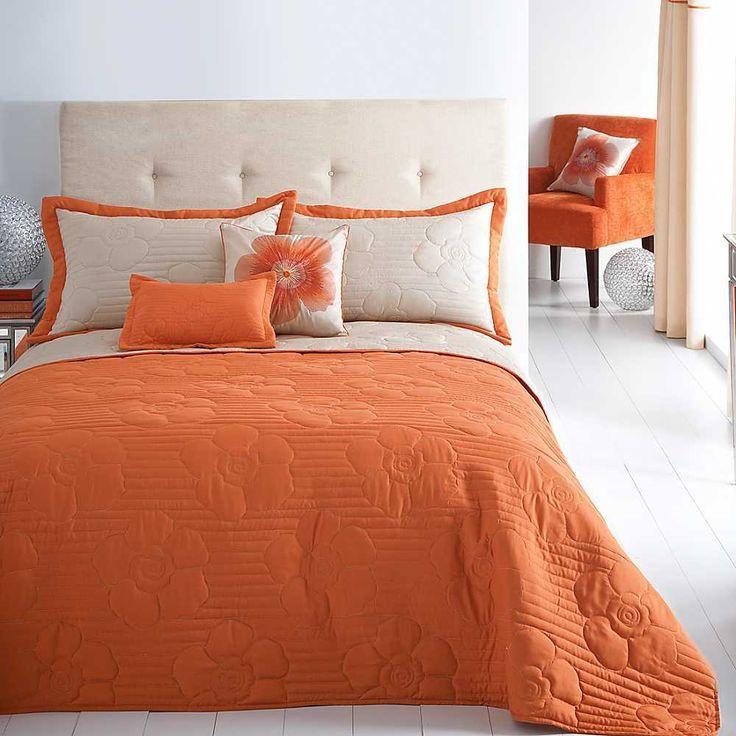 Оранжевая спальня: 22 отобранных идеи дизайна с фотографиями