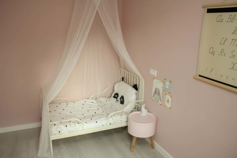 How to choose a mattress for a child: practical tips and ideas to meet your expectations